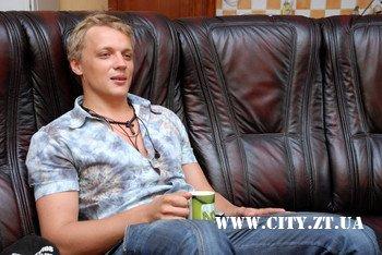 Олександр Воєвуцький: Під час сексу люблю схопити її за волосся і дивитися прямо в очі